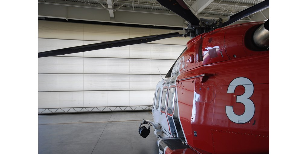 Single leaf aviation hangar door fire helicopter