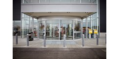 ASSA ABLOY RD3L revolving door outside COOP